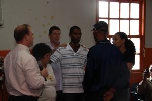Através de representantes, vimos o efeito da inclusão dos familiares e do correto posicionamento do Conselho Tutelar. Na foto, jovem se defronta com o traficante.